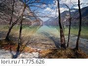 Озеро в горах. Стоковое фото, фотограф Максим Блинов / Фотобанк Лори