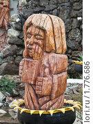 Деревянная скульптура (2010 год). Редакционное фото, фотограф Parmenov Pavel / Фотобанк Лори