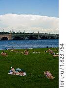 Отдых на Петроградской стороне (2010 год). Стоковое фото, фотограф Попонина Ольга / Фотобанк Лори