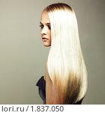 Купить «Красивая девушка с роскошными светлыми волосами», фото № 1837050, снято 23 марта 2005 г. (c) Майер Георгий Владимирович / Фотобанк Лори