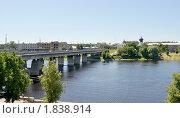 Купить «Автомобильный мост через реку Великую. Псков», фото № 1838914, снято 4 июля 2010 г. (c) Виктор Карасев / Фотобанк Лори