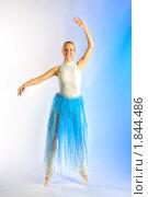 Репетиция балерины. Стоковое фото, фотограф Михаил Лукьянов / Фотобанк Лори