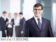 Купить «Успешный бизнесмен в офисе», фото № 1853042, снято 17 июня 2010 г. (c) Raev Denis / Фотобанк Лори