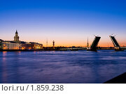 Купить «Разведение мостов в Санкт-Петербурге, белые ночи», фото № 1859238, снято 3 июля 2010 г. (c) Алексей Ширманов / Фотобанк Лори