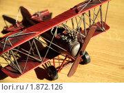 Красный самолет. Стоковое фото, фотограф Карина Дорожкина / Фотобанк Лори