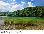 Купить «Горное озеро», фото № 1878970, снято 12 июля 2010 г. (c) Николай Винокуров / Фотобанк Лори