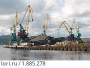 Купить «Угольный терминал морского порта г. Мурманск», фото № 1885278, снято 3 августа 2010 г. (c) Вячеслав Палес / Фотобанк Лори