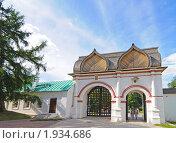 Купить «Спасские ворота, Коломенское», фото № 1934686, снято 21 августа 2010 г. (c) Игорь Жильчиков / Фотобанк Лори