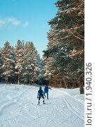 Катание на лыжах. Стоковое фото, фотограф Кекяляйнен Андрей / Фотобанк Лори