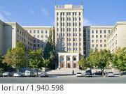 Купить «Университет», фото № 1940598, снято 24 августа 2010 г. (c) Parmenov Pavel / Фотобанк Лори