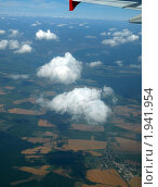 Купить «Вид из окна самолета», фото № 1941954, снято 31 июля 2010 г. (c) Троицкая Алиса / Фотобанк Лори