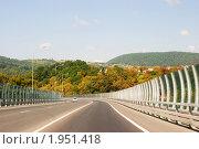 Купить «Сочи, объездная дорога», фото № 1951418, снято 5 сентября 2010 г. (c) Анна Мартынова / Фотобанк Лори