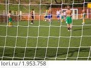 Игра в мини-футбол за сеткой. Стоковое фото, фотограф ac / Фотобанк Лори