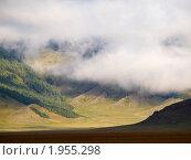 Купить «Хмурое утро в горах», фото № 1955298, снято 17 августа 2010 г. (c) Andrey M / Фотобанк Лори