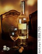 Вечернее вино. Стоковое фото, фотограф Юлия Казакова / Фотобанк Лори