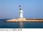 Купить «Маяк. Алания, Турция», фото № 1965474, снято 12 августа 2010 г. (c) Elena Rostunova / Фотобанк Лори