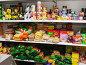 Полки продуктового магазина: консервы и бакалея, фото № 1976658, снято 15 сентября 2010 г. (c) Анна Мартынова / Фотобанк Лори