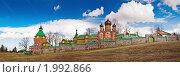 Купить «Эстония. Пюхтицкий Успенский женский монастырь», фото № 1992866, снято 19 апреля 2008 г. (c) Игорь Соколов / Фотобанк Лори