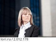 Купить «Портрет девушки в деловом костюме», фото № 2012178, снято 4 сентября 2010 г. (c) Андрей Батурин / Фотобанк Лори