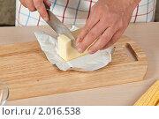 Купить «Кукуруза в фольге, пошаговый процесс: приготовление пряного масла», эксклюзивное фото № 2016538, снято 3 сентября 2010 г. (c) Давид Мзареулян / Фотобанк Лори
