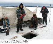 Рыбаки (2008 год). Редакционное фото, фотограф Валентин Сурков / Фотобанк Лори