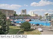 Купить «Велозаводский рынок. Москва», фото № 2024262, снято 4 июля 2010 г. (c) Serg / Фотобанк Лори
