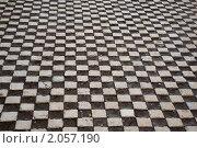 Дорога, вымощенная квадратными булыжниками, эксклюзивное фото № 2057190, снято 12 сентября 2010 г. (c) Константин Косов / Фотобанк Лори