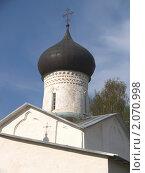 Купить «Псков. Купол церкви.», эксклюзивное фото № 2070998, снято 8 мая 2010 г. (c) Ирина Борсученко / Фотобанк Лори
