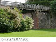 Мост в саду. Стоковое фото, фотограф Konstantin / Фотобанк Лори