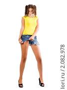 Купить «Сексуальная женщина рвет на себе шорты», фото № 2082978, снято 1 сентября 2009 г. (c) Сергей Сухоруков / Фотобанк Лори