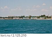 Купить «Евпатория, Крым, пляж и санатории на берегу моря», фото № 2125210, снято 29 июля 2010 г. (c) ИВА Афонская / Фотобанк Лори