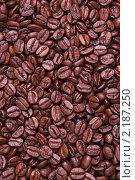 Купить «Фон из зёрен кофе», фото № 2187250, снято 3 декабря 2010 г. (c) Дмитрий Куш / Фотобанк Лори