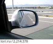 Зеркало заднего вида. Стоковое фото, фотограф valentina vasilieva / Фотобанк Лори