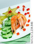 Купить «Новогодняя закуска с креветками и карамболой», фото № 2234846, снято 21 октября 2009 г. (c) ElenArt / Фотобанк Лори