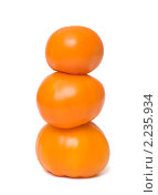 Купить «Три оранжевых помидора на белом фоне», фото № 2235934, снято 11 августа 2010 г. (c) Андрей Некрасов / Фотобанк Лори