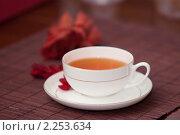 Купить «Чашка чая», фото № 2253634, снято 16 октября 2018 г. (c) Юлия Колтырина / Фотобанк Лори