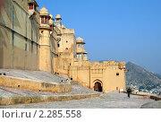 Купить «Форт Амбер в Джайпуре, Индия», фото № 2285558, снято 5 декабря 2010 г. (c) Вера Тропынина / Фотобанк Лори