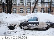 Автомобиль в снегу. Стоковое фото, фотограф Константин Сутягин / Фотобанк Лори