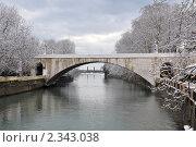 Купить «Ривьерский мост через реку Сочи после снегопада», фото № 2343038, снято 14 февраля 2011 г. (c) Анна Мартынова / Фотобанк Лори