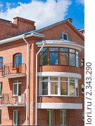 Купить «Фрагмент современного кирпичного дома. Псков», фото № 2343290, снято 30 июля 2010 г. (c) Оксана Гильман / Фотобанк Лори