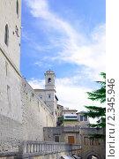 Купить «Крепостная стена Сан-Марино, Италия», фото № 2345946, снято 23 августа 2010 г. (c) Vitas / Фотобанк Лори