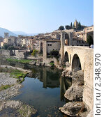 Древний испанский город. Бесалу. Стоковое фото, фотограф valentina vasilieva / Фотобанк Лори