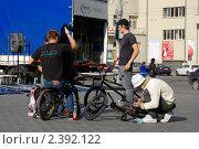 Киевские велосипедисты (2008 год). Редакционное фото, фотограф Пасечник Игорь / Фотобанк Лори