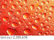 Оранжевый фон с каплями воды. Стоковое фото, фотограф Pshenichka / Фотобанк Лори