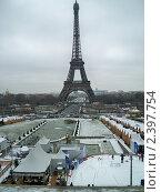 Париж и снег (2010 год). Редакционное фото, фотограф Сергей Шихов / Фотобанк Лори