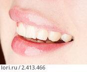 Женская улыбка крупным планом. Стоковое фото, фотограф Валерия Лузина / Фотобанк Лори
