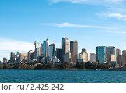 Купить «Вид на центральный деловой район Сиднея», фото № 2425242, снято 17 августа 2010 г. (c) Elena Monakhova / Фотобанк Лори