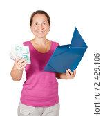 Купить «Женщина с деньгами и папкой», фото № 2429106, снято 21 октября 2010 г. (c) Яков Филимонов / Фотобанк Лори