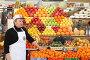 Москва, Черёмушкинский рынок, эксклюзивное фото № 2507922, снято 11 декабря 2010 г. (c) Дмитрий Неумоин / Фотобанк Лори
