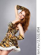 Красивая улыбающаяся девушка. Стоковое фото, фотограф Ольга Дудина / Фотобанк Лори